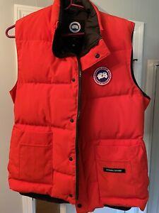 Men's Canada Goose Down Vest Freestyle Sz M Vest Red