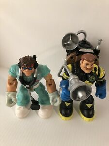 2 Mattel Fisher Price Rescue Heroes, Doctor And Billy Blaze with Working Pack P1