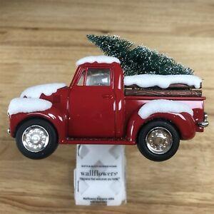Bath & Body Works 2020 Holiday Red Truck Christmas Wallflower Plug