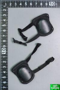 1:6 Scale DAM 78080 US Marine Gunnery Sergeant Crews - Black Tactical Knee Pads