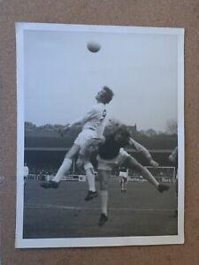 8x6 Original West Ham WHU Press Photo v Leeds United. Tommy Taylor.