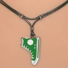 Collier pendentif basket vert cordon base-ball - green baseball boot necklace