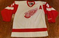 CCM Detroit Red Wings Brendan Shanahan NHL Hockey Jersey Vintage White Large L