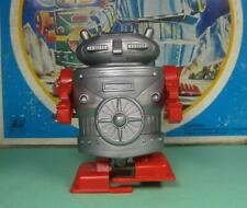 MECHANICAL WIND UP WALKING ROBOT II THE MARTIANS HERO MADE JAPAN FROM OLD STOCK!