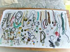 Modeschmuck, Ketten,Ringe, Armbänder, Ohrringe 2900 g Konvolut - siehe Fotos
