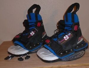 "Hydroslide ""Hold Um"" Wakeboard boot and bindings"