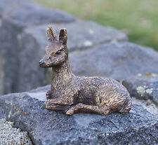 kleines Rehkitz, Reh, Bronzefigur, Dekoration für Haus und Garten *
