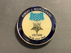 ROBERT MODRZEJEWSKI USMC MEDAL OF HONOR CHALLENGE COIN VIETNAM WAR
