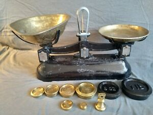 Avery Antique Shop Keeper's 2lb Balance Scales