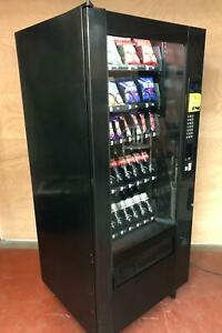 Snack & Bottle 32 Selection Combination Vending Machine With Card System Fiited
