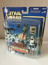 ENDOR VICTORY ACCESSORY SET WITH SCOUT TROOPER - STAR WARS - SAGA - ROTJ - 2002