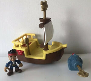 Captain Jake & Neverland Pirates Key to the Sea Battle Adventure Toy Set