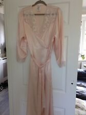 Almost Vintage (1980's) M&S Glamorous Satin Peach Dressing Gown Wrap Size 14-16