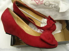 """LIPSTICK true RED dramatic ORIGAMI BOW wedge SHOES 2"""" heels PUMPS new box  8.5 M"""
