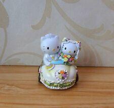Adorable WHITE Resin Hello Kitty & Daniel Multiple Use CARD HOLDER Decoration