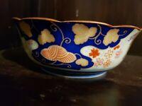 "Vintage JAPANESE IMARI ARITA BLUE & WHITE PORCELAIN Scalloped BOWL 5.5"" diameter"