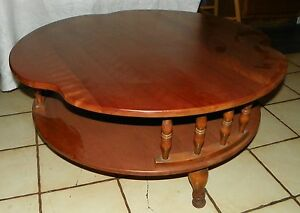 Maple Round Coffee Table by Ethan Allen  (RP)  (CT98)