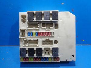 RENAULT CLIO 3 MODUS BOITE FUSIBLES RELAIS UPC USM 233293C