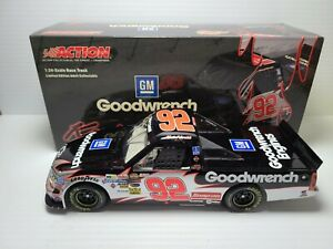 2004 Kevin Harvick #92 GM Goodwrench Truck 1:24 NASCAR Action Die-Cast MIB