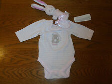 BNWT baby girl Mothercare newborn outfit. Vest & rattle. 10lb