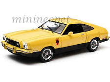 GREENLIGHT 12889 1976 76 FORD MUSTANG II STALLION 1/18 YELLOW / BLACK