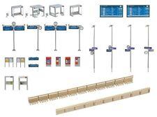 NEW ! HO Faller KIT Modern Bus / Light Rail Shelter with Accessories 120240
