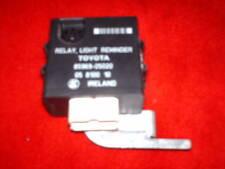 Relais sonore de feux position oubliés origine TOYOTA Carina E Turbo Diesel 97