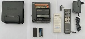 Sony D-Z555 D-555 discman, perfect working condition. With many accessories.