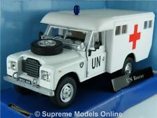 LAND ROVER AMBULANCE EMERGENCY CAR 1/43RD SIZE MODEL WHITE ISSUE PKD UIP978T[-]
