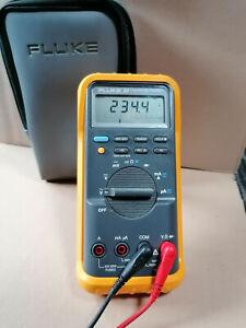 FLUKE 87 True RMS Multimeter