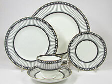 Wedgwood COLONNADE 5Pc Place Setting Dinner Salad Bread Cup Saucer R4340 Black