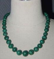collier de perles en malachite pierre verte AFRIQUE