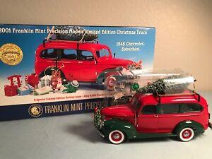 1946 Chevrolet Suburban, 2001 Franklin Mint Chistmas Truck; 1:24 w/ toys