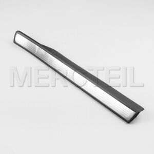 New genuine Mercedes S Maybach W222 Rear Right door Inner Step Sill Scuff Plate