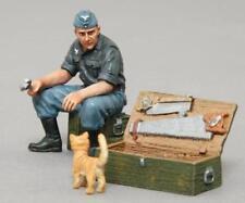 THOMAS GUNN WW2 GERMAN LUFT010 LUFTWAFFE MECHANIC WITH CAT MIB