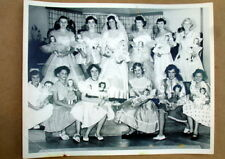 VINTAGE DOLL SHOW PHOTO~GIRLS & DOLLS in MATCHING BRIDE/BRIDESMAID DRESSES