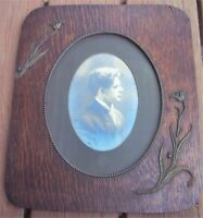 "Victorian Antique Ornate Oak Wood Picture Frame 12"" x 14"" w/Photo of Young Man"