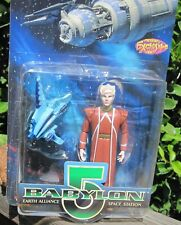 Babylon 5 figure Lennier with Minbari Cruiser -Exclusive Premiere Moc 1997