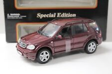 1:18 Maisto Mercedes Benz ML 55 AMG darkred NEW bei PREMIUM-MODELCARS