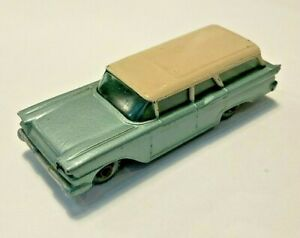 Lesney Matchbox #31 Ford Fairlane Station Wagon