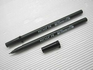 Black X 2 NEW Sakura PIGMA TM Brush Calligraphy with cap for arts (Made in Japan