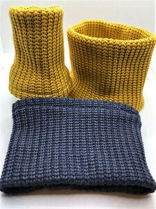 Strickschal für Hunde Loop Hundeschal Strick Schal gelb oder blau Rundschal dog
