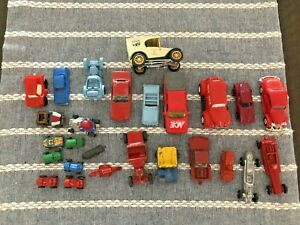 Lot of vintage metal toy cars/trucks