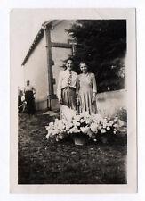 PHOTO ANCIENNE Snapshot Vintage Portrait Couple Mariage Bouquet de Fleurs 1948