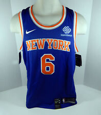 Mens New York Knicks Kristaps Porzingis #6 Blue Jersey Swingman M Nike NWT
