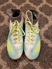 Nike Soccer Cleats Magista size5.5Y