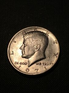 1971 kennedy half dollar In mint state uncirculated condition. Beautiful coin!!
