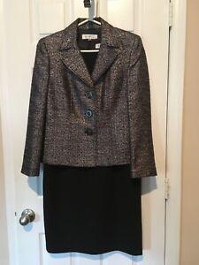 Womans Kasper Mixed Sized  Dress Suit
