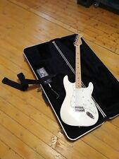 ORIGINALE  Fender Stratocaster: Gitarre (nagelneu!) & Gitarrenkoffer inkl!