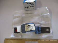 FORD 1992 ECONOLINE VAN BUCKLE W/INSTRUCTIONS (CENTER BUCKLE) W/3 PASS. SEAT, LH